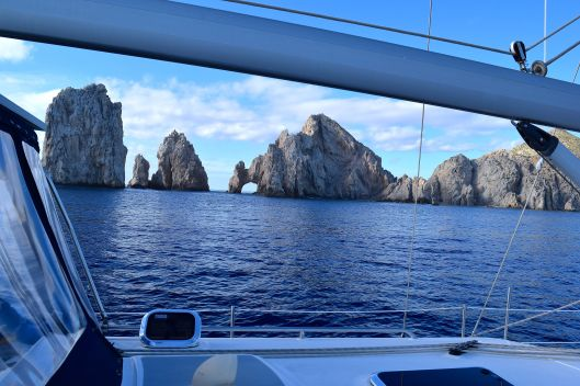 You know you reached Cabo when you see the arches