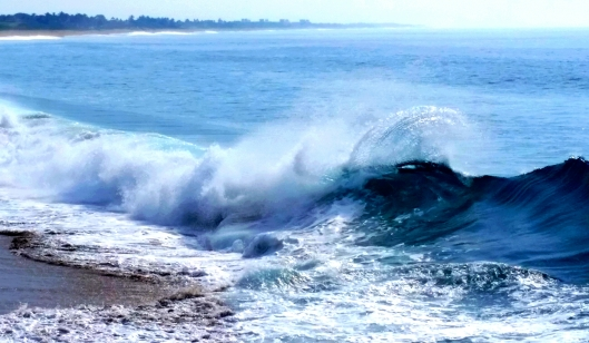 Gary caught a great shot of the surf from the bluff